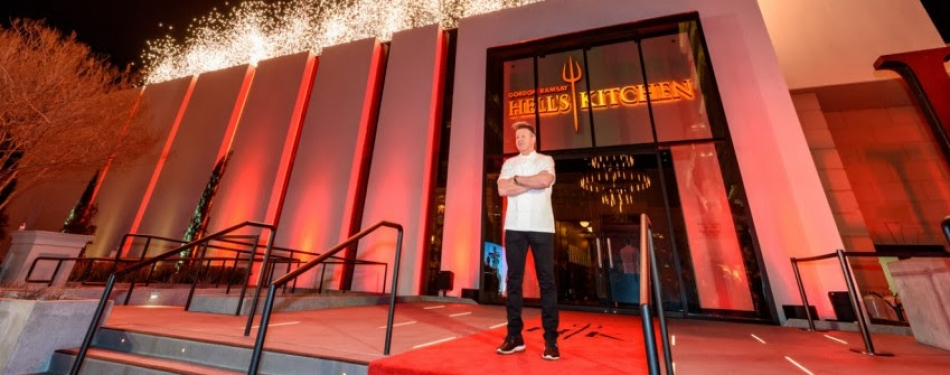 Gordon Ramsy opent eerste Hell's Kitchen restaurant<